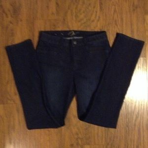 Miraclebody jeans NWOT